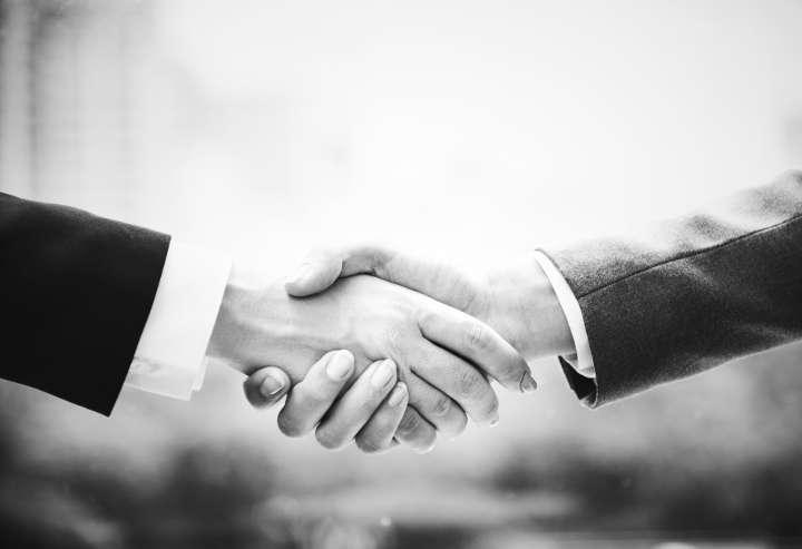 اعتماد کردن به دیگران-کارهایی که قبل از ازدواج باید انجام دهید