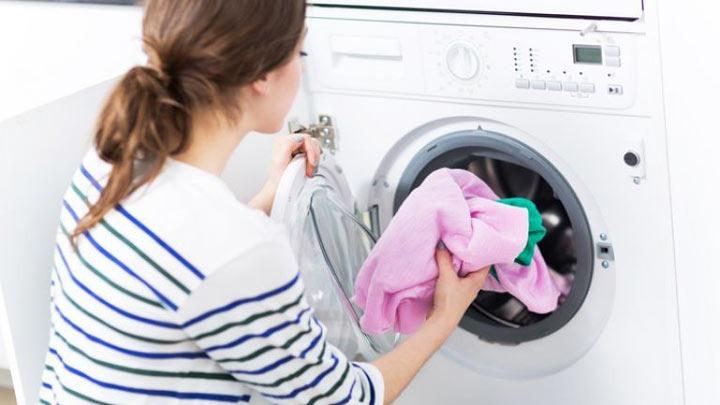 شستن لباس زیر برای بهداشت زنان - نکات مهم درباره لباس زیر زنان