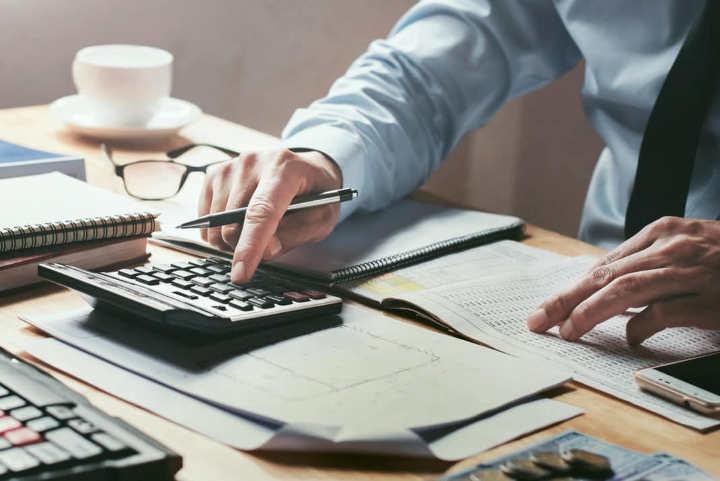 وظایف ماشور مالیاتی - تفاوت مشاور مالیاتی با حسابدار