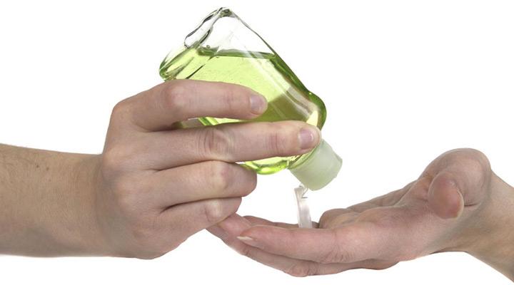محلول خانگی ضدعفونی کننده دست - طرز تهیه محلول ضدعفونی کننده دست