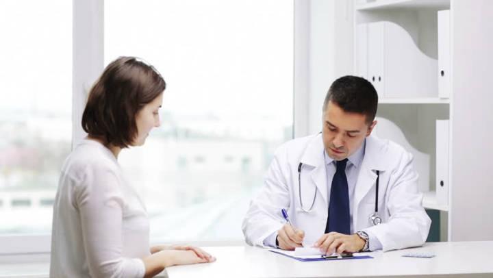مراجعه به پزشک برای درمان آنفولانزا