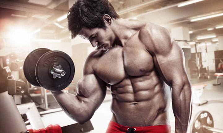تمرینات قدرتی از بهترین ورزش ها برای لاغری شکم و پهلو هستند