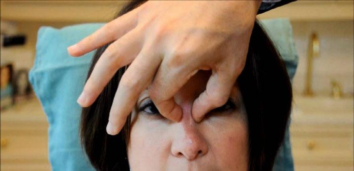 ماساژ بینی بعد از عمل زیبایی