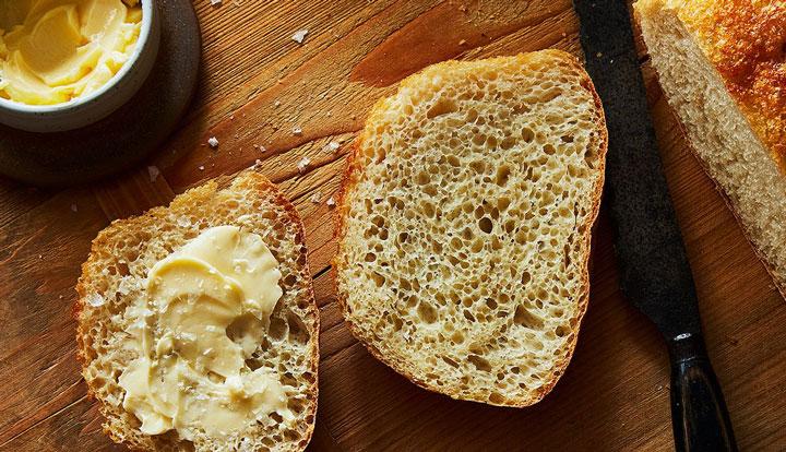 طرز تهیه نان خانگی حجیم