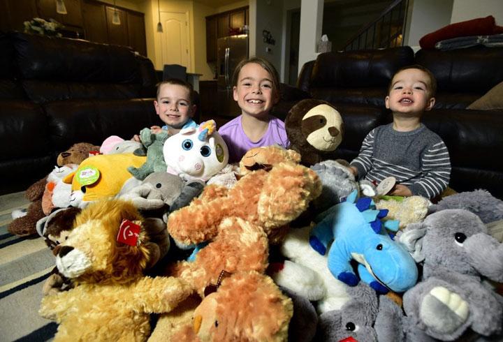 تئاتر بازی برای سرگرمی بچه ها در خانه