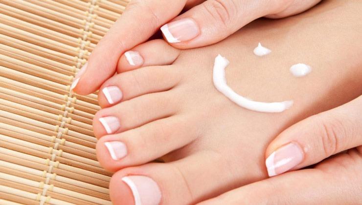 ۱۵ نکته برای مراقبت از ناخن ها؛ بایدها و نبایدهای داشتن ناخنهای سالم | چطور