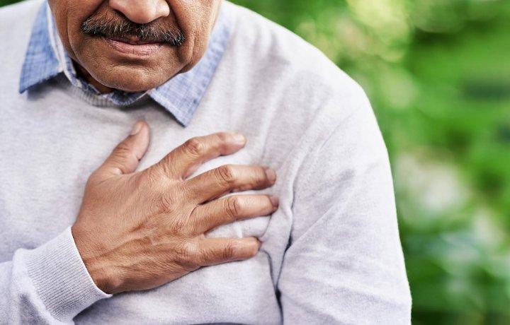 ابتلا به بیماریهای قلبی از عوارض کار کردن بیش از حد است