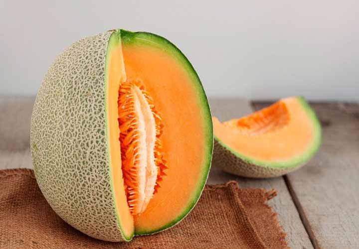 خواص انواع میوه های تابستانی - گرمک سرشار از ویتامین A، ویتامین C و بتاکاروتن است.