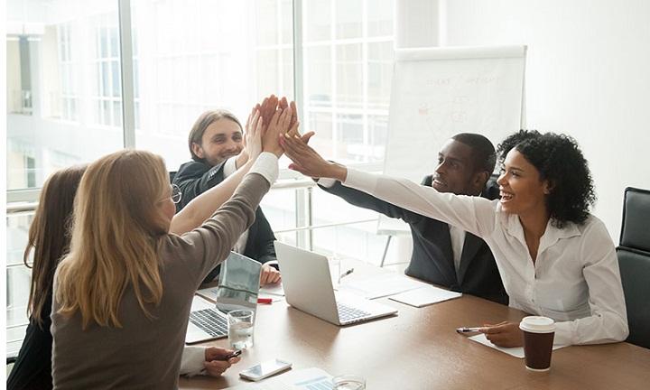 برای تبدیل شدن به مدیر بر یادگیری فردی و گروهی تمرکز کنید