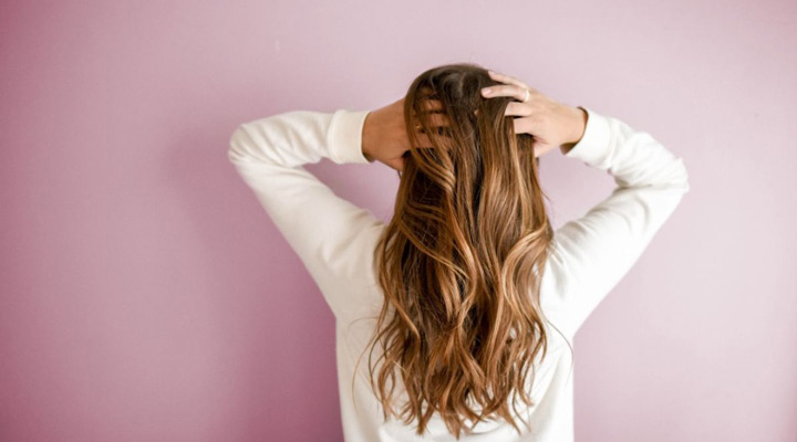 ماساژ برای رشد دوباره موهای ریخته شده مفید است