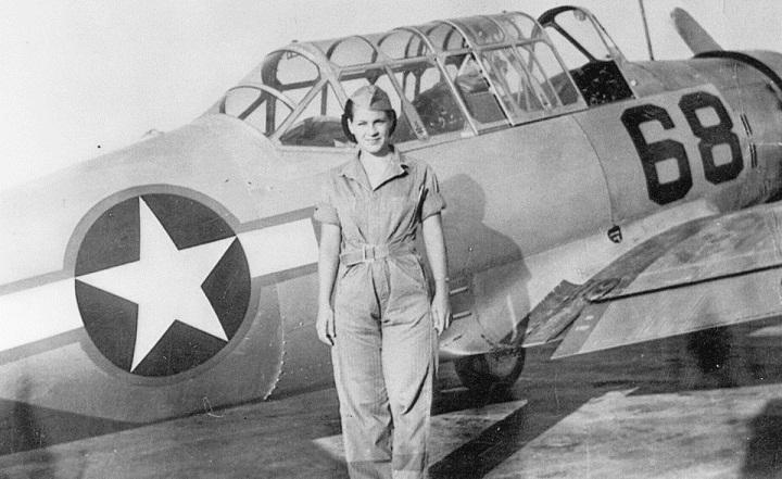 مارگارت رینگنبرگ در ۷۲سالگی با هواپیما دور دنیا پرواز کرد
