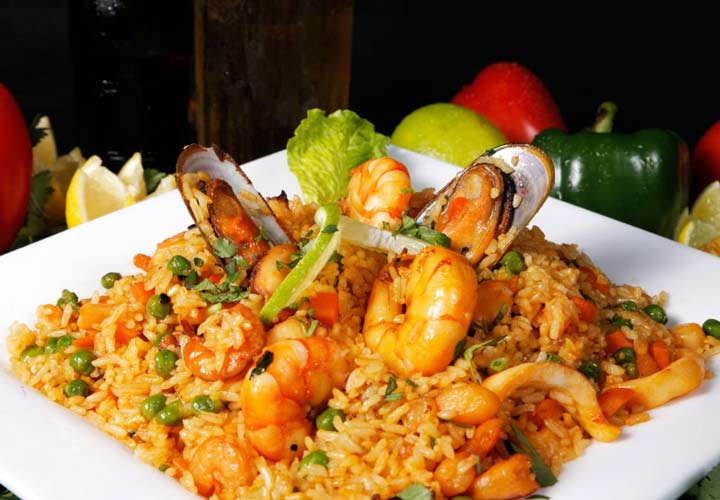 ۱۰ نوع غذای اروپایی با برنج - Arroz de marisco ترکیب برنج و خوراک دریایی از غذاهای سنتی کشور پرتغال است.