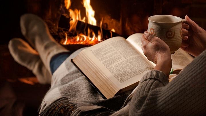 کتاب درمانی یکی از روش های بهره بردن از کتاب خوانی