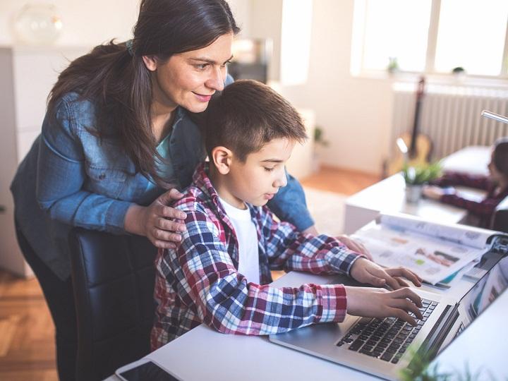 آموزش اعتبارسنجی در دنیای اینترنت به کودکان