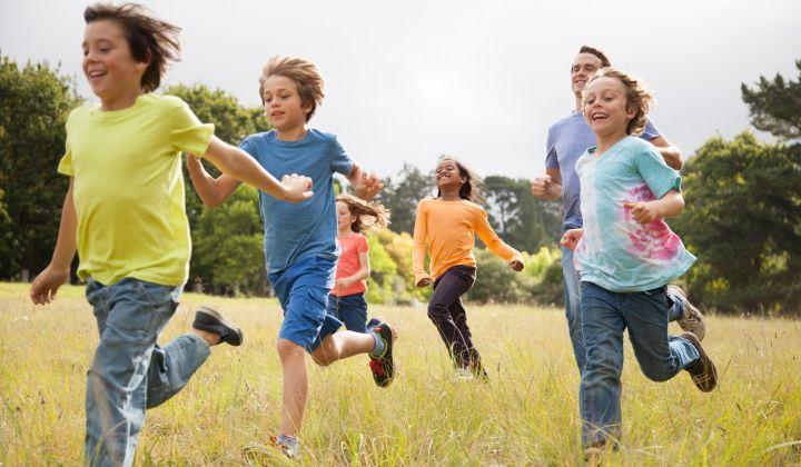 بازی و فعالیت زیاد در تنظیم خواب کودک موثر است