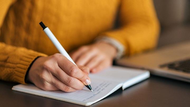 ۱۰. بهطور منظم بنویسید.