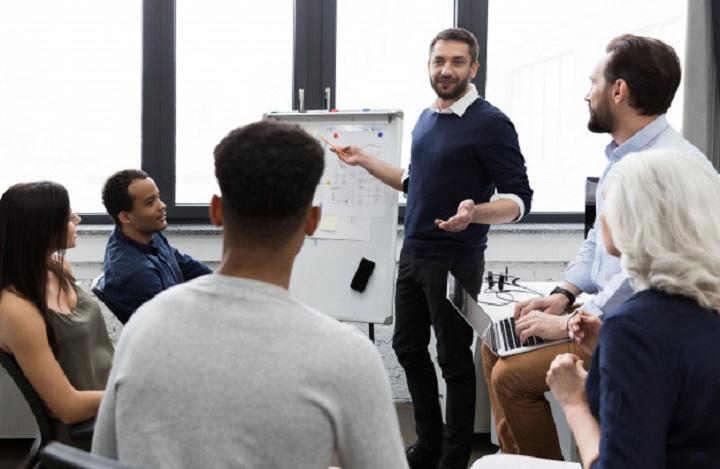 توجه به نظر کارکنان روشی برای بهبود فرهنگ سازمانی است