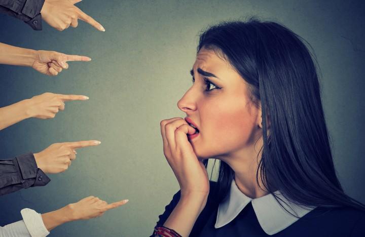 وقتی نمی توانید خودتان را ببخشید انتظار نداشته باشید که دیگران شما را ببخشند