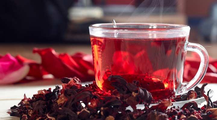 ۱۲ دمنوش برای سرماخوردگی - چای ترش میتواند در بهبود سریعتر آنفولانزا و سرماخوردگی موثر باشد.