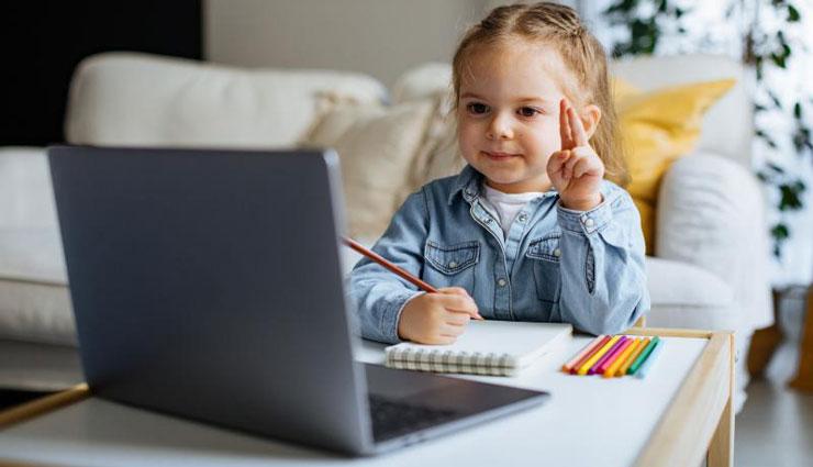 مجازی شدن مدارس چه تأثیری بر استرس کودکان و نوجوانان داشته است؟