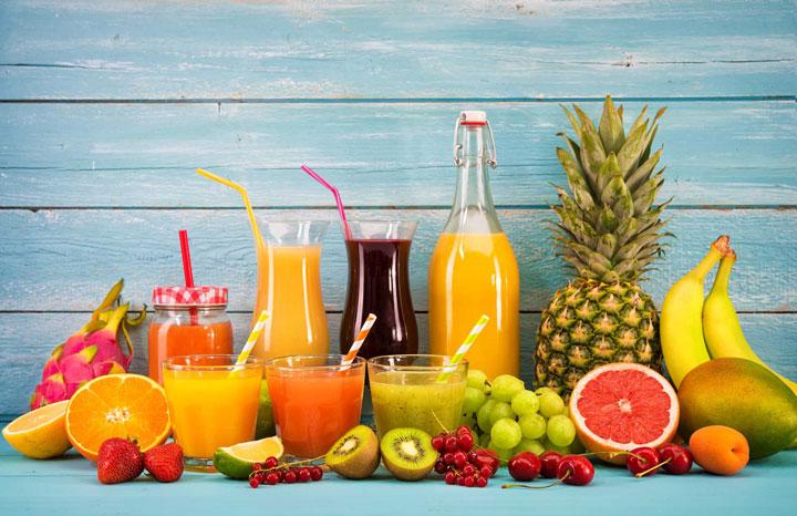 آب میوه غیرطبیعی از غذاهای ممنوعه برای کودکان زیر یک سال است