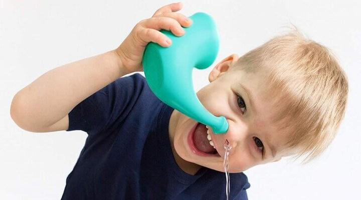 شستشوی سینوسها یکی از روشهای درمان حساسیت فصل بهار