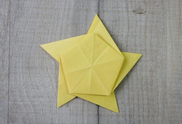 اوریگامی ستاره