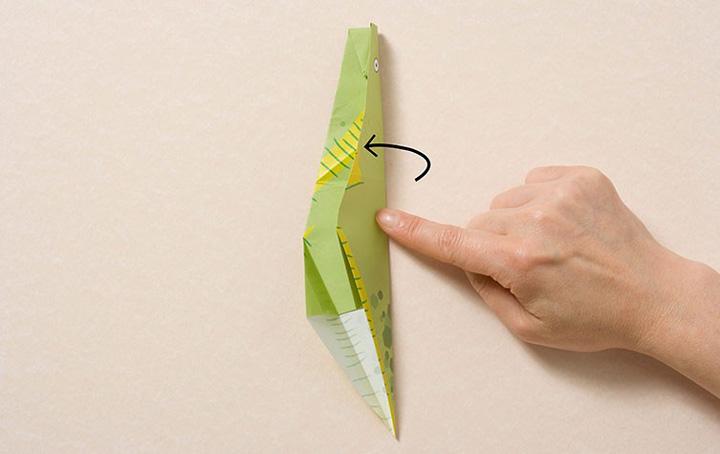 اوریگامی دایناسور مرحله ۸