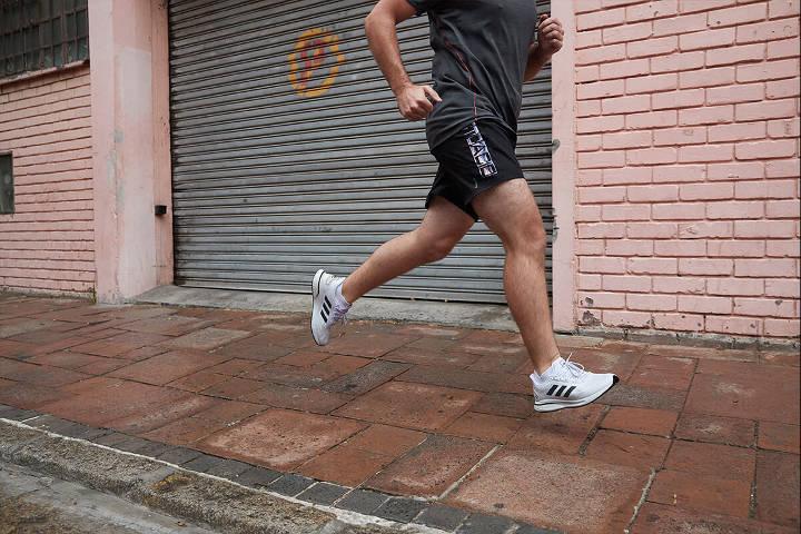 نحوه صحیح دویدن - آشنایی با برنامه تازهکاران