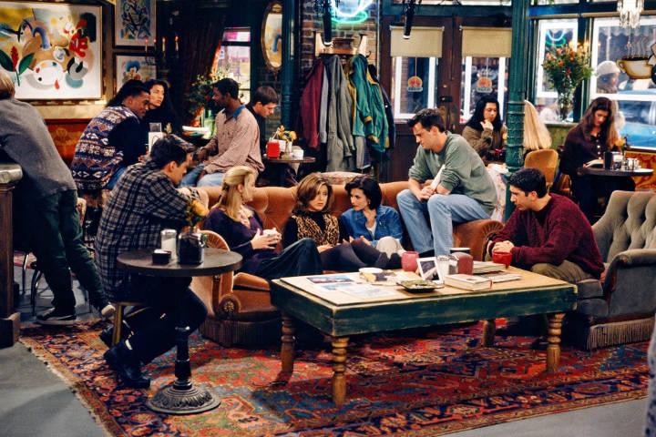 دوستان (Friends) از بهترین سریال های سیتکام