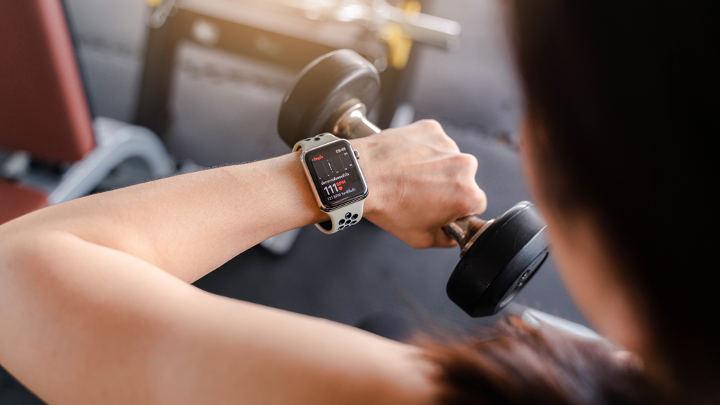 اپلیکیشنهای تناسب اندام در ساعت و دستبند هوشمند