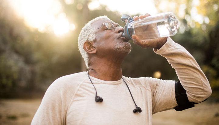 نکات و ملاحظاتی درباره عادات خوردن و نوشیدن - نحوه صحیح دویدن
