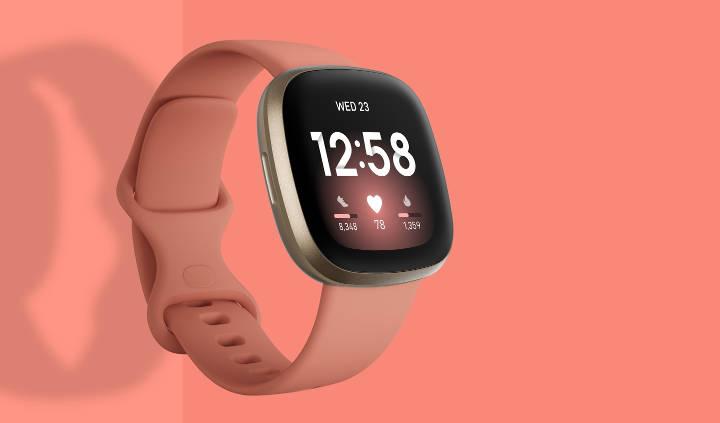 فیتبیت ورسا از بهترین مدلهای ساعت و دستبند هوشمند