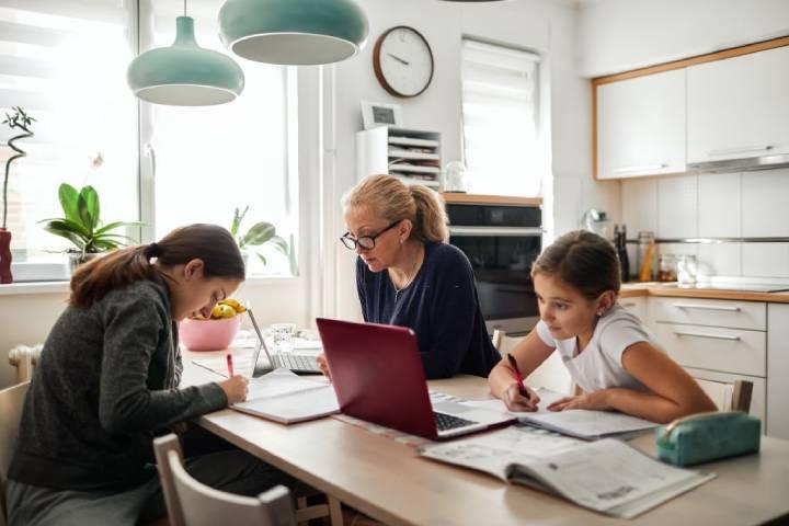 فراهمکردن فضایی آرام برای آموزش آنلاین و بهبود یادگیری کودک