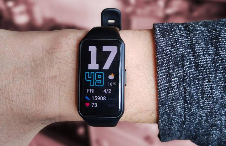 آنر بند ۶ - ساعت و دستبند هوشمند