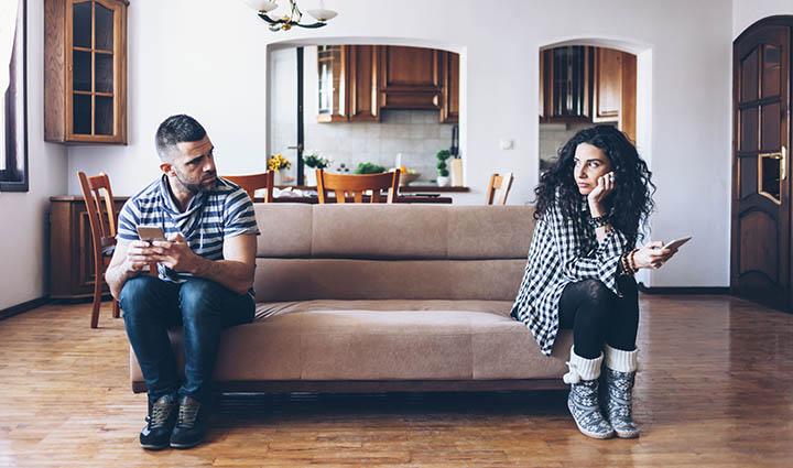 نشانه های خیانت عاطفی همسر