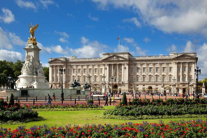 کاخ باکینگهام، یکی از زیباترین کاخهای جهان
