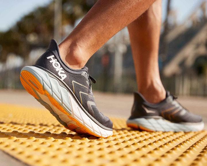 انواع کفش ورزشی برای دویدن