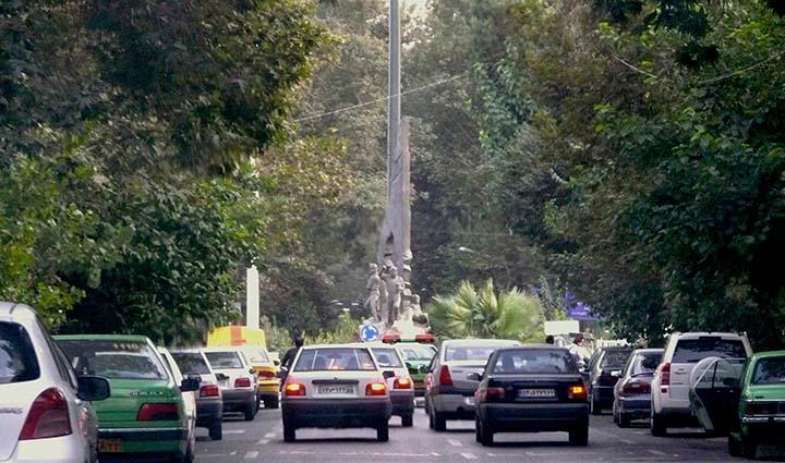 تهران گردی در خیابان فلسطین