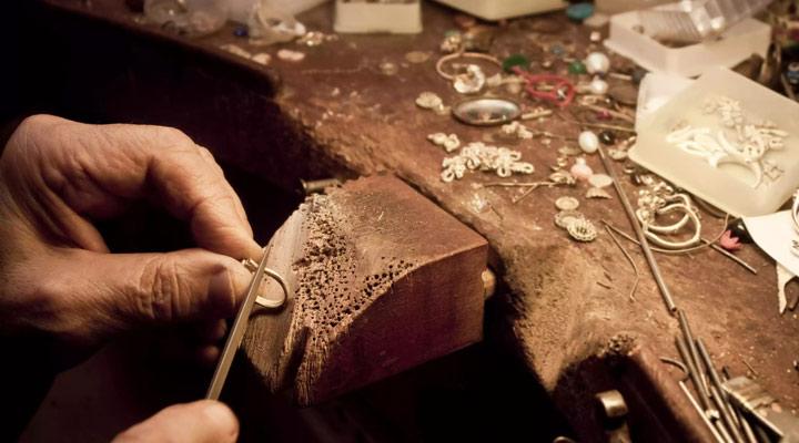 کار با فلز - سوهان زدن فلز
