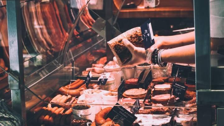 سوسیس و کالباس مانع چربی سوزی شکم و پهلو هستند