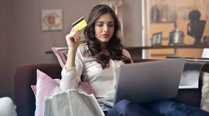استقلال مالی زنان - کنترل جریان نقدینگی را به دست بگیرید