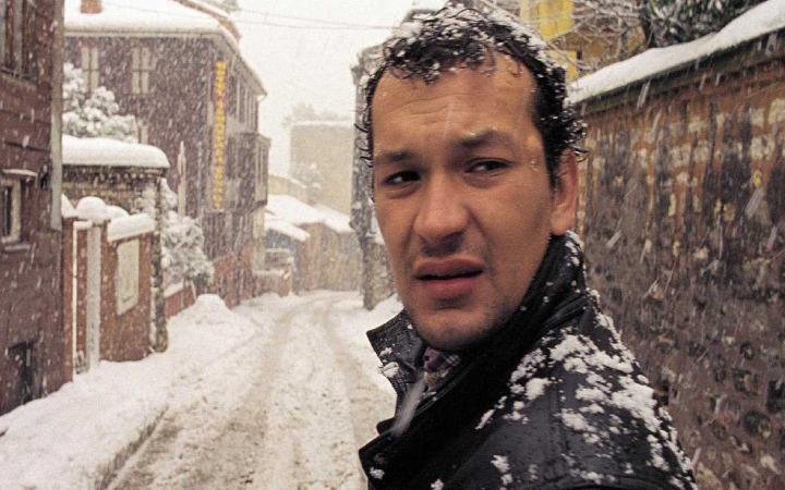 نمایی از فیلم ترکیه ای اوزاک (Uzak)