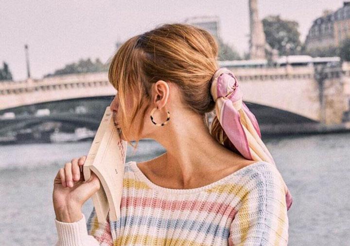 مدل موی تابستانه ـ بستن موها با روسری رنگی