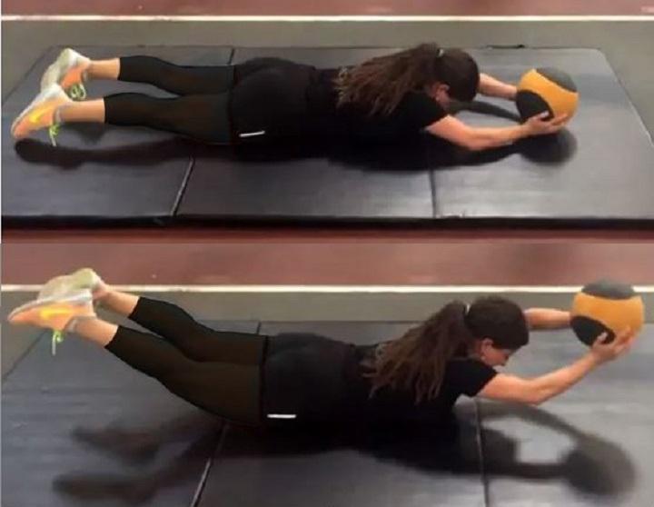 ورزش برای خوش فرم شدن سینه - حرکت سوپرمن با مدیسن بال