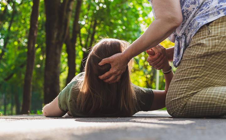 غش کردن یکی از علائم و نشانههای سندرم کیوتی قلب