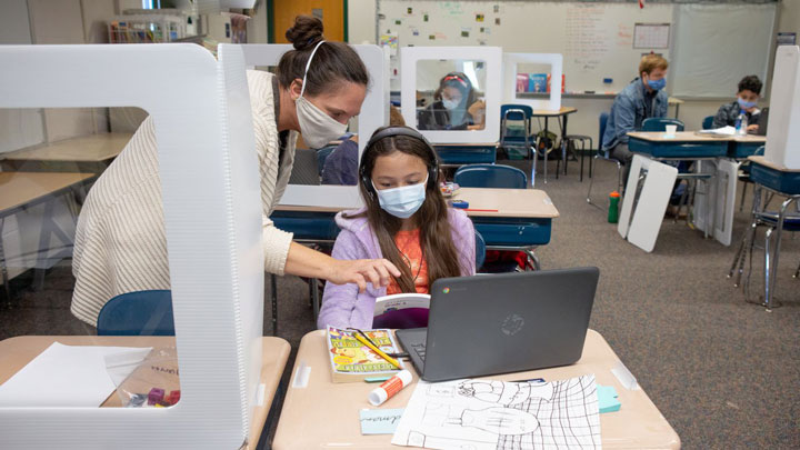 استفاده از آزمایشگاه مجازی در یادگیری اکتشافی