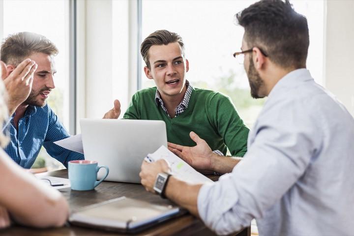 اختلاف و درگیری سالم و مثبت برای پیشرفت فرد و شرکت مفید است